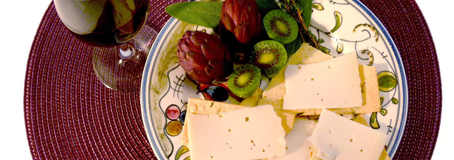Honey Bee® Goat Cheese